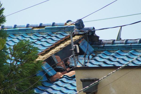 台風21号の被害 剥がれ落ち2